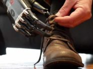 robot-hand-ties-shoelaces