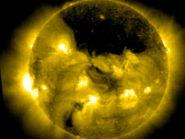 Sun-coronal-hole-2013
