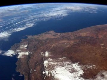 Cape-Town-South-Africa-Chris-Hadfield