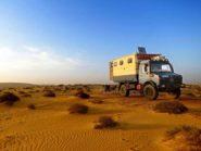 Mercedes-Benz-Unimog-Desert,-Oman