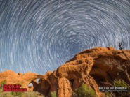 Star trails over Double Arch 800x600