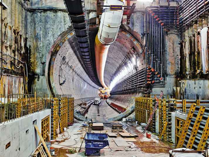 largest tunneling machine