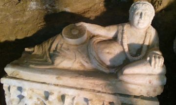 Ancient Etruscan tomb found
