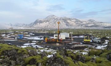 Iceland combats climate change by pumping CO2 back into the earth