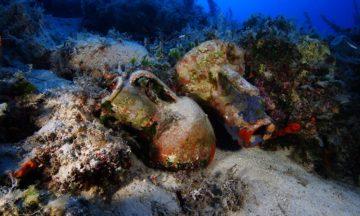 amphora in reef Fourni archipelago