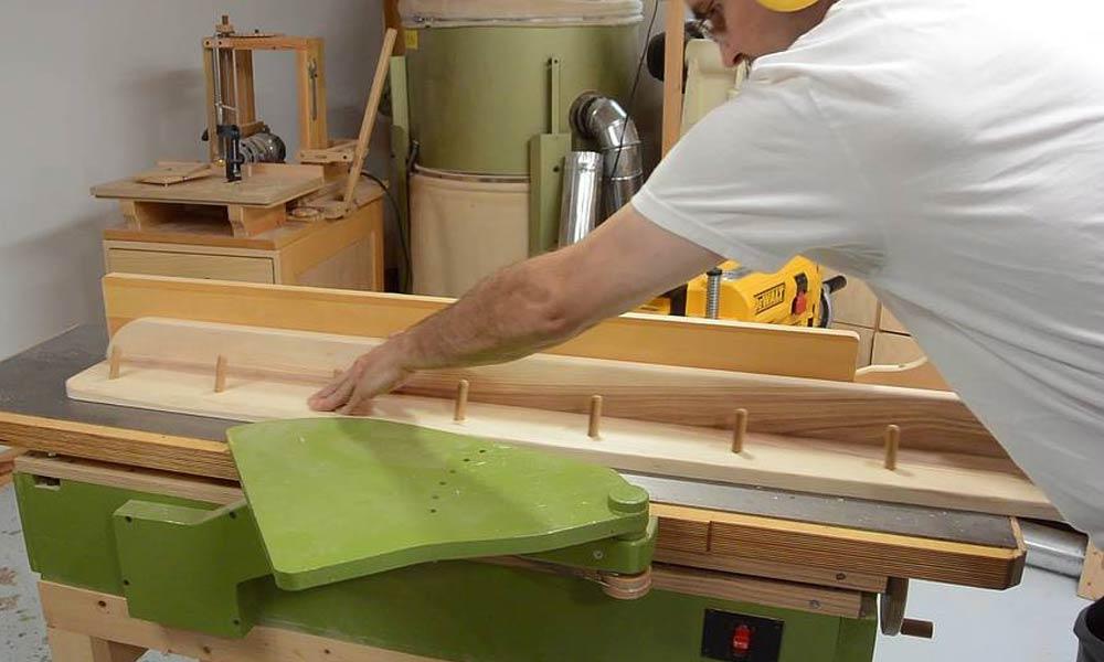 Building a coat rack by Matthias Wandel