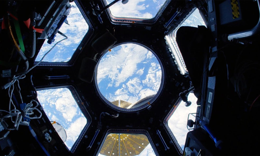 Take a 4K tour of the International Space Station