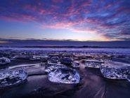 """Tokachi river in Japan makes ice """"diamonds"""""""