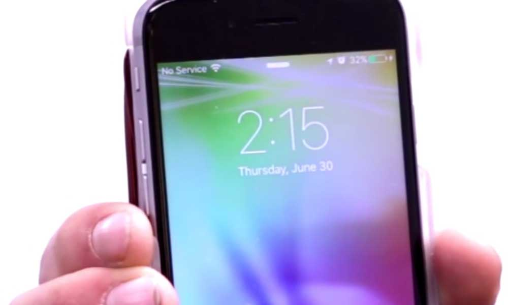 Electricity room charges iPhones wirelessly