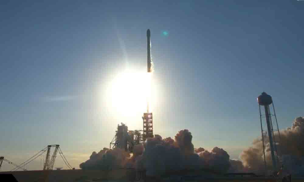 SpaceX successfully relaunches