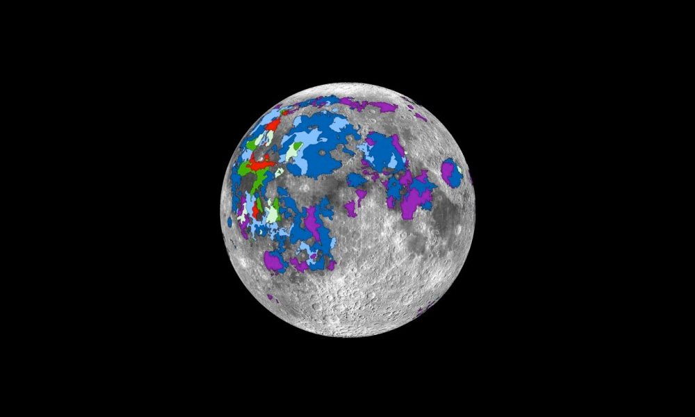 moon was once a volcanic world with an atmosphere