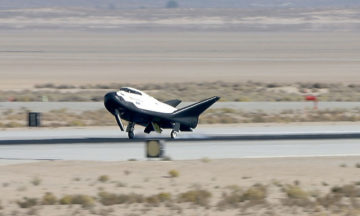 Dream Chaser conducts critical flight test